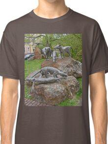 Thylacine Sculpture Classic T-Shirt