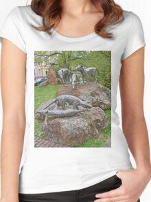 Thylacine Sculpture Women's Fitted Scoop T-Shirt
