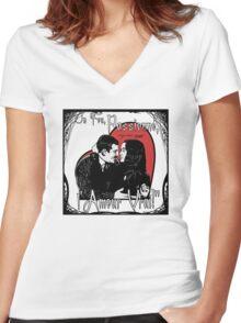 """Un Fou, Passionné, l'Amour Vrai!""- One Crazy, Passionate, True Love! (grey) Women's Fitted V-Neck T-Shirt"