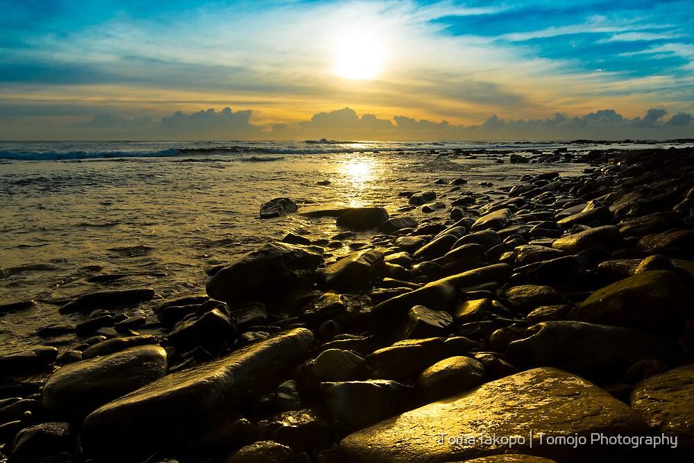 Shiny Rocks by Toma Iakopo   Tomojo Photography