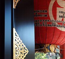 Kannon Temple Lantern by Raftman