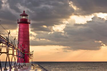 Grand Haven Lighthouse by Davinchi