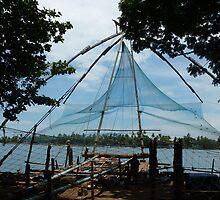 Chinese fishing nets in Cochin, Kerala  by roaminallover