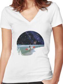 Surfer on Horizon Women's Fitted V-Neck T-Shirt