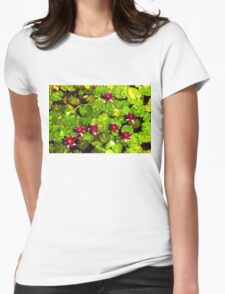 Pretty in Fuchsia – Waterlily Pad Impression Womens Fitted T-Shirt