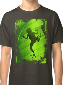 Frog Shape on Green Leaf Classic T-Shirt