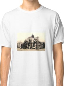 Old Building postcard Classic T-Shirt