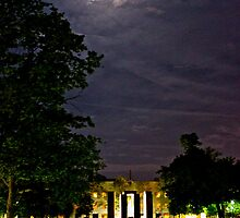 Fieldhouse Mall at Night by seanh