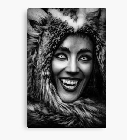 Huntress for eternity Canvas Print