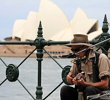 Street Singer in front of Sydney Opera House by rhua5436