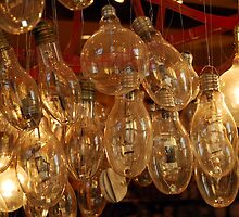 Light Bulbs by Pschtyckque