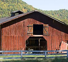 Tobacco Barn by Tom Greene