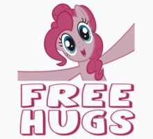 Free Hugs by wittlewoona