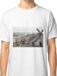 Spitfire TR9 MJ627 adorned with Poppies in a flying tribute to all those who died or suffered during two World Wars Classic T-Shirt