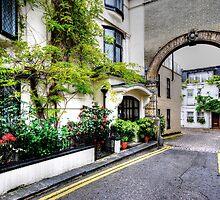 South Kensington by Adri  Padmos