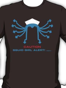 CAUTION Squid Girl Alert! degeso~ T-Shirt