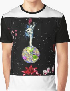 On top of the world Graphic T-Shirt