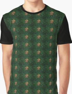 Leaf of color Graphic T-Shirt