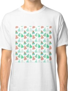 Cute green coral vintage Christmas tree pattern  Classic T-Shirt