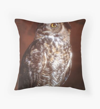 Great Horned Owl in a perfect portrait pose on a summers' day  Throw Pillow