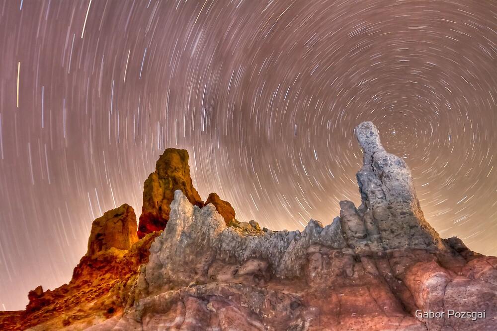 Los Roques de Garcia by Gabor Pozsgai