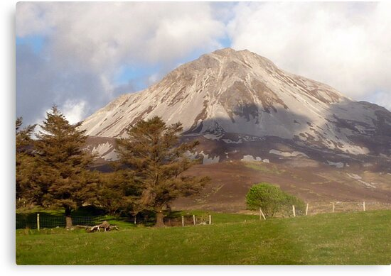 Mount Errigal by Fara