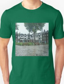 The Queens House, Tower of London T-Shirt