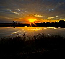 Last Dam Sunset Rays by bazcelt