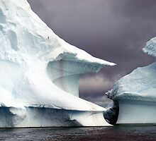 Iceberg    Antarctic Peninsula by geophotographic