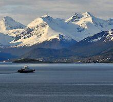 Romsdalsfjord , Norway by buttonpresser