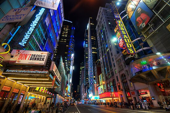 42nd Street - NYC by Yhun Suarez