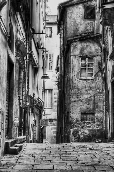 Alley Genoa by oreundici