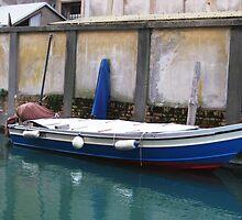 Venetian Boat by jlv-