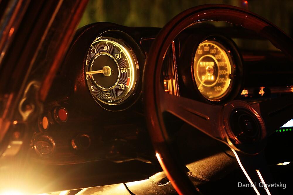 Vintage Mercedes-Benz 290 SE 6.9 Cabriolet Gauges by Daniel  Oyvetsky