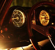 Vintage Mercedes-Benz 290 SE 6.9 Cabriolet Gauges by Daniel  Oyvetsky