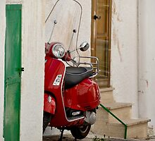 Italy Vespa by Ommik