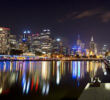 Panorama of Melbourne from Southbank by Vicki Moritz