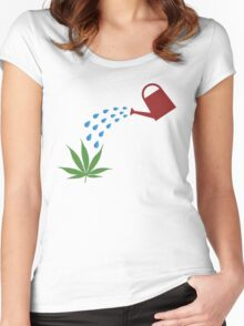 I love gardening Women's Fitted Scoop T-Shirt