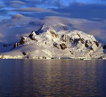 Lenticular Clouds, Antarctica by geophotographic