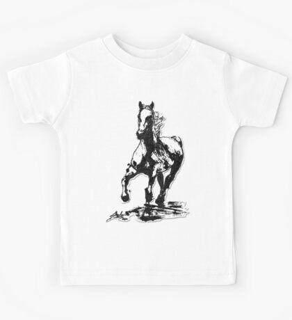 Horses run in her blood Kids Tee
