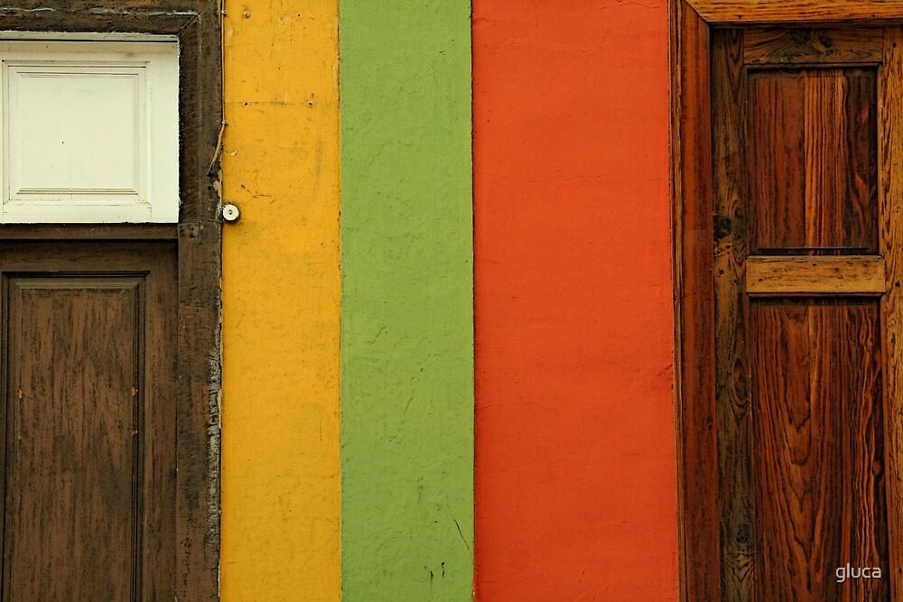 Door next door by gluca