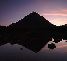 Buachaille Etive Mòr, Glencoe, Scotland by GuyHinksPhoto