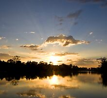 Angkorian Rays by Simon Kirwin