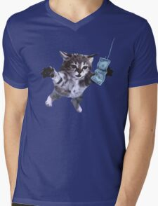 Funny grunge cat Mens V-Neck T-Shirt