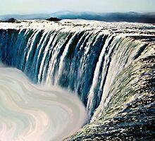 Waterfall  by goldyparazi