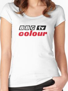 Retro BBC colour logo, as seen at Television Centre Women's Fitted Scoop T-Shirt