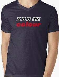 Retro BBC colour logo, as seen at Television Centre (in white) Mens V-Neck T-Shirt