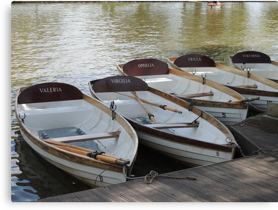 Stratford upon Avon boats by CreativeEm