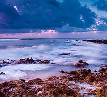 Sunset at Trannies Beach by Karen Willshaw
