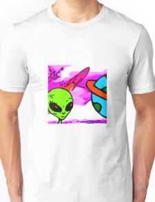aliens - Something is out there Unisex T-Shirt